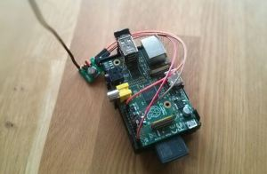 Raspberry Pi with 433 MHz Transmitter